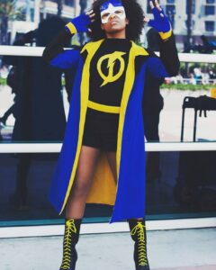 Lady Static Shock Cosplay Feeling my socks fuzz through the screen... Pantheo
